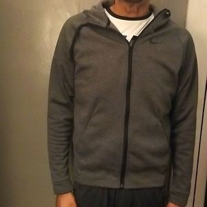 EXCELLENT condition NIKE PERFORMANCE HOODIE